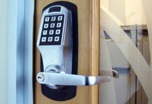commercial locksmith sercices